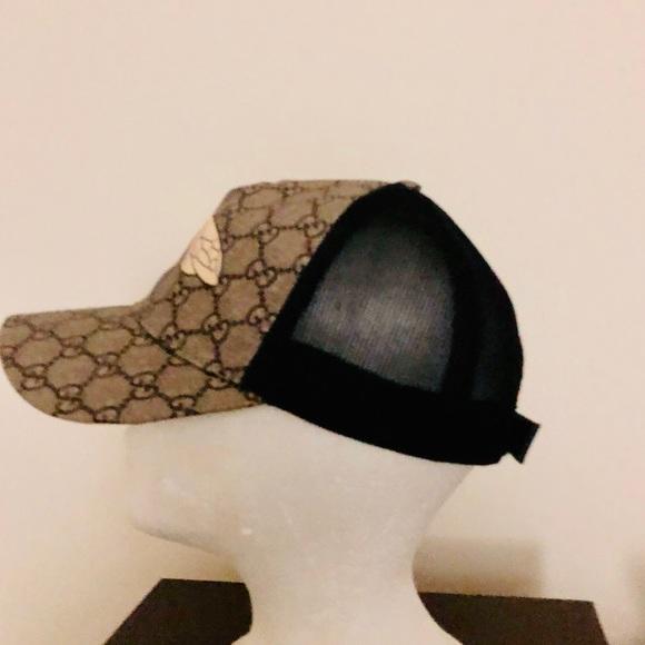 6765e1544a412 Gucci Accessories - Authentic Gucci Bee hats